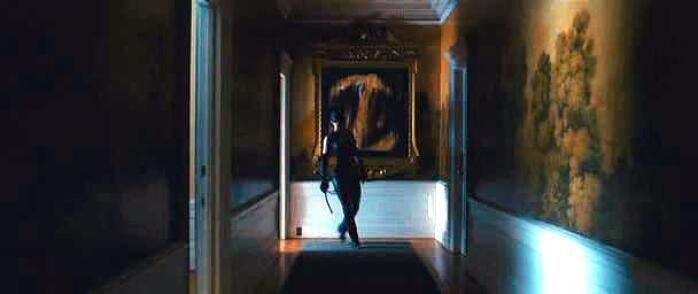 unknown title painting by Marta Baricsa in Catwoman movie