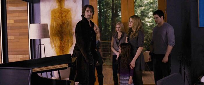 unknown title painting by Raine Bedsole in The Twilight Saga: Breaking Dawn 2 movie
