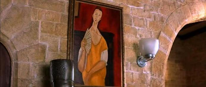 Woman with a Fan painting by Amedeo Clemente Modigliani in Entrapment movie